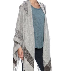 Simply Noelle Accessories - Simply Noelle hooded wrap